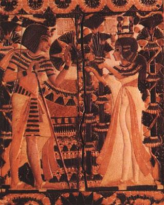 Ankhesenamun (Ankhesenpaaten) gives lotus flowers to Tutankhamun (Tutankhaten)