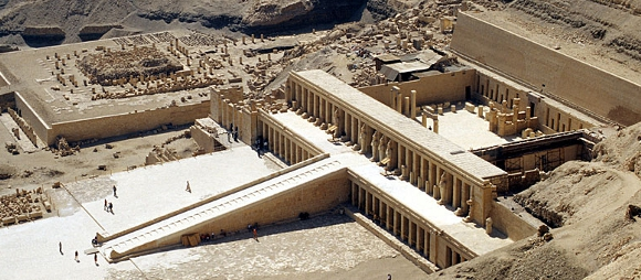 Deir el Bahri: the mortuary temples of Montuhotep and Hatshepsut, copyright Roland Unger