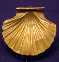 Golden shell box from the tomb of Sekhemkhet (copyright www.ancient-egypt.com)