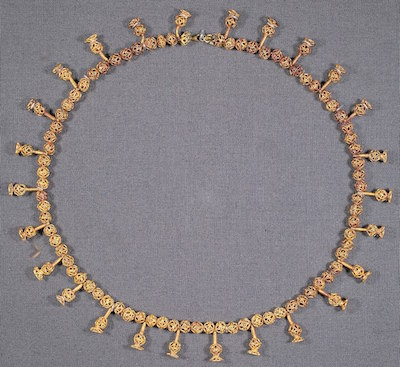 Gold necklace of Tausret from KV 56